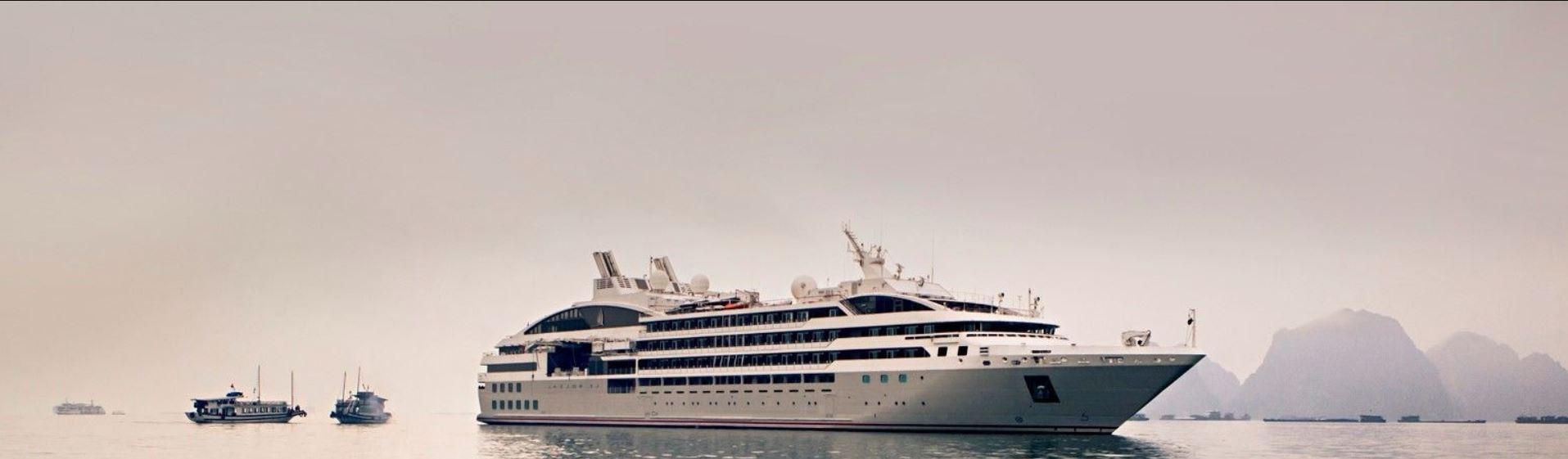 Le Soleal, the ship servicing Emblematic Antarctica 2020 - 2021 (Le Soleal)