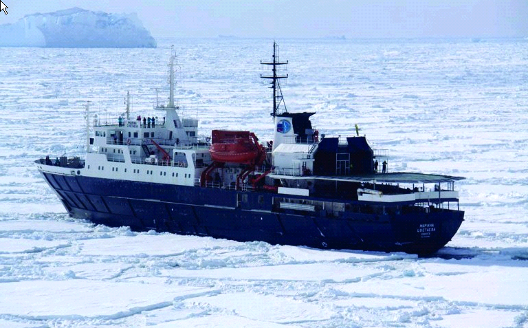 Weddell Sea – In search of the Emperor Penguin incl. Helicopters